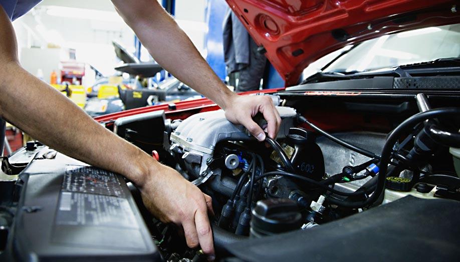 Autószerviz 10 pontos átvizsgálás